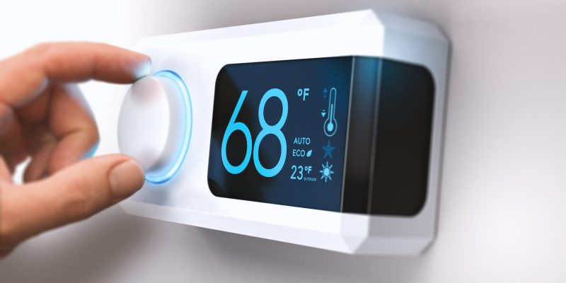 thermostat-home-energy-saving-P9XQH92-min